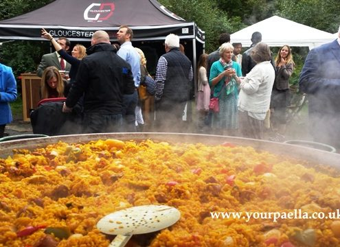Your Paella, Paella party catering